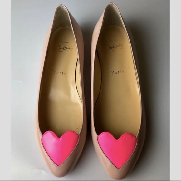 17e17be1857 Louboutin Doracora Flat Patent Ballerina Euro 37